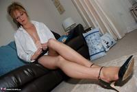 Jessicas Honeyz. Sexy Secretary Sue Pt1 Free Pic 19