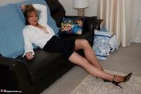 Jessicas Honeyz. Sexy Secretary Sue Pt2 Free Pic 1