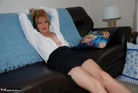 Jessicas Honeyz. Sexy Secretary Sue Pt2 Free Pic 3