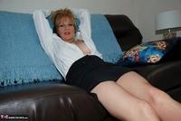 Jessicas Honeyz. Sexy Secretary Sue Pt2 Free Pic 4
