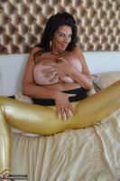 LuLu Lush. Shiny Gold Leggings Free Pic 9