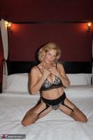 Molly MILF. Having Fun In A Boudoir Hotel Free Pic 5