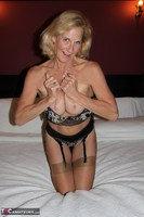 Molly MILF. Having Fun In A Boudoir Hotel Free Pic 6