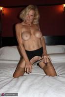 Molly MILF. Having Fun In A Boudoir Hotel Free Pic 8
