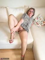 . Horny Heavy Boobs Free Pic 7