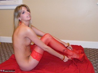 Kiss Alissa. Lady In Red Free Pic 17