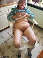 . Hotpants Pt2 Free Pic 1