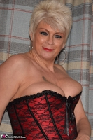 . My Red & Black Basque Free Pic 4