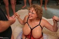 Curvy Claire. Claire's Bukkake Jizz Fun Pt4 Free Pic 9