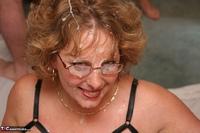Curvy Claire. Claire's Bukkake Jizz Fun Pt4 Free Pic 10