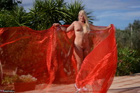 Sweet Susi. Shooting With Red & White Cloth Free Pic 5