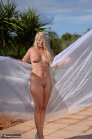 Sweet Susi. Shooting With Red & White Cloth Free Pic 18