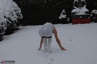 KyrasNylons. Kyra In The Snow Free Pic 2