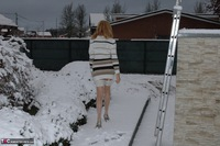 KyrasNylons. Kyra In The Snow Free Pic 6