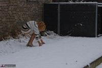 Kyras Nylons. Kyra In The Snow Free Pic 8