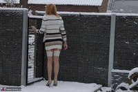 KyrasNylons. Kyra In The Snow Free Pic 9