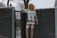 Kyras Nylons. Kyra In The Snow Free Pic 12