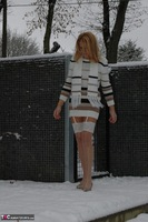 KyrasNylons. Kyra In The Snow Free Pic 13