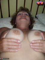 Busty Bliss. Wet Hair Sex Free Pic 10