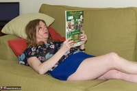 Dirty Doctor. Reading A Magazine Free Pic 1