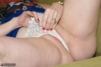 Dirty Doctor. Reading A Magazine Free Pic 14