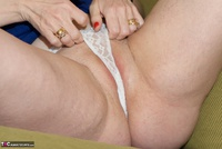 Dirty Doctor. Reading A Magazine Free Pic 15