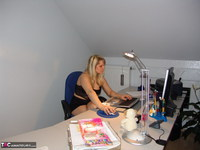 SweetSusi. Smoking In The Office Free Pic 1