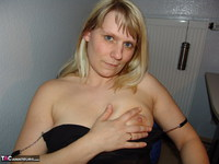 SweetSusi. Smoking In The Office Free Pic 6