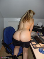 Sweet Susi. Smoking In The Office Free Pic 10