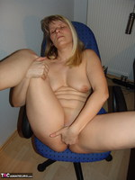 SweetSusi. Smoking In The Office Free Pic 15