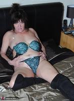 Phillipas Ladies. Steph Free Pic 1
