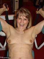 Sweet Susi. Susi At The Gym Free Pic 8