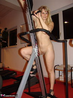 Sweet Susi. Susi At The Gym Free Pic 19