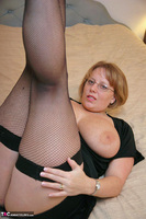 Curvy Claire. Fishnets On The Bed Pt1 Free Pic 13