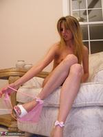 Kiss Alissa. Pink Princess Pt1 Free Pic 14