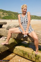 Molly MILF. My Holiday Snaps Free Pic 9