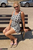 MollyMILF. My Holiday Snaps Free Pic 20
