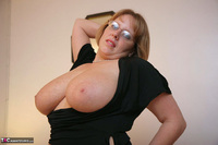 Curvy Claire. Fishnets On The Bed Pt2 Free Pic 15