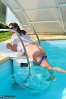 LuLu Lush. Wet T-Shirt In The Pool Free Pic 16