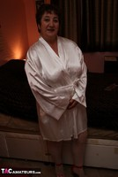 Kinky Carol. Dressed For Bed In Stockings Pt1 Free Pic 2