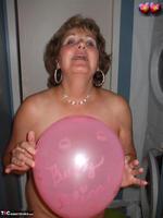 Busty Bliss. Big Boob Balloons & Bath Free Pic 4