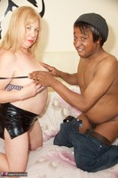 SpeedyBee. Fun With A Site Member Free Pic 4