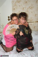 Kims Amateurs. Kim & Honey In Lace Free Pic 1