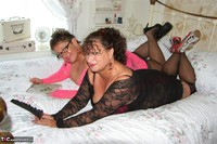 Kims Amateurs. Kim & Honey In Lace Free Pic 4