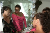 Kims Amateurs. Kim & Honey In Lace Free Pic 16