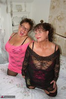 Kims Amateurs. Kim & Honey In Lace Free Pic 18