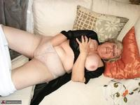 . Black Bra Masturbation Free Pic 12
