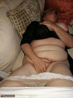 . Black Bra Masturbation Free Pic 13