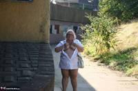 Lexie Cummings. Lexie Flashes In Town Free Pic 7