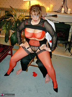 Curvy Claire. Fangs For The Mamories Pt1 Free Pic 8